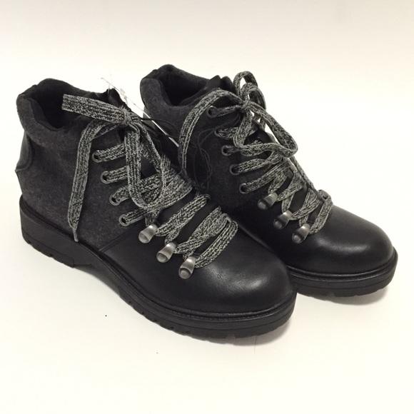 b8b70e05daa Universal Thread Karri Black Lace Up Hiking Boots